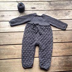 Done.  #kløverdragt #cloverjumpsuit #knittingforolivesmerino #knittingforolive