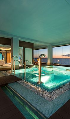 Thalasso Pool with an incredible view