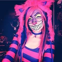 Halloween Makeup Ideas and Halloween Horror Nights Party Countdown Cheshire Cat Cosplay, Cheshire Cat Makeup, Cheshire Cat Halloween, Cat Halloween Makeup, Chesire Cat, Halloween Horror Nights, Halloween Looks, Family Halloween Costumes, Halloween 2019