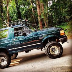 Old Bronco, Bronco Truck, Classic Bronco, Classic Ford Broncos, Big Rig Trucks, Cool Trucks, Ford Bronco 1996, Lifted Dually, Suv 4x4
