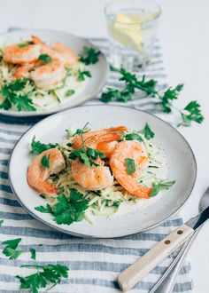 Shellfish Recipes, Shrimp Recipes, Good Healthy Recipes, Vegetarian Recipes, Courgetti Recipe, Feel Good Food, Lemon Sauce, Fish Dishes, Summer Recipes