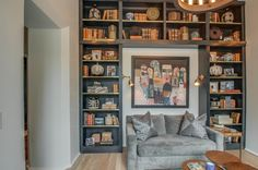 The builtins throughout the house are perfect for all your books and collected treasures in this Jeffrey Dugan designed home. Architect Jeffrey Dungan home in Nashville on StyleBlueprint.com