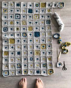 On the home stretch #lastskein #crochet #crochetersofinstagram #blendno1 @ysolda