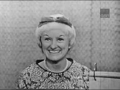 What's My Line? -MYSTERY GUEST: Phyllis Diller PANEL: Dorothy Kilgallen, Shelley Berman, Arlene Francis, Bennett Cerf