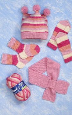Suurenna kuva Baby Girl Dresses, Knitting Patterns, Baby Shoes, Kids, Clothes, Fashion, Young Children, Outfits, Moda
