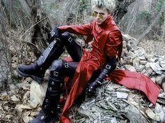 Awesome Trigun cosplay. Seriously, if you do a good Vash cosplay at a con I'm at, I will stalk you for the rest of the day like a creeper, and then marry you.