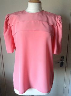 Coral Blouse with Pleated Bust and by MonaBellsVintage on Etsy Coral Blouse, Ruffle Blouse, Vintage Clothing, Vintage Outfits, Shoulder Pads, Trending Outfits, Sleeves, Inspiration, Etsy
