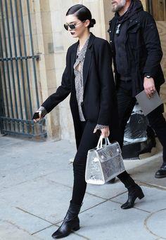Kendall Jenner Street Style Paris Fashion Week Bota e Blazer