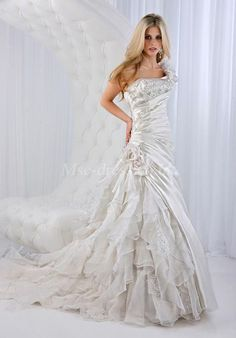 ****omggggg! This might be my favorite ever! asymmetrical waist with sparkle and ruffles <3 <3 <3