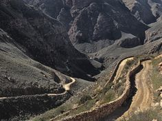 Karoo — Obie Oberholzer Swartberg Pass - one of my favourite places on earth - scary but awesomely beautiful. Stacked Stone Walls, Big Sky Country, Prince Albert, African Beauty, Heritage Site, Campsite, Geology, Roads, Countryside