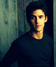 Milo Ventimiglia- I fell in love with u in Gilmore Girls:)