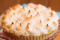 Lemon meringue tart, perfect Easter dessert. Love the sunny yellow filling!