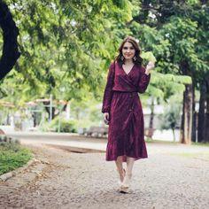 E quando a peça parece ter sido feita pra gente? Apaixonada pelo vestido de mini estrelinhas da nova coleção da @shoulderoficial ⭐️⭐️ #ootd…
