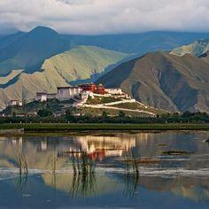 Tibet Michael Yamashita