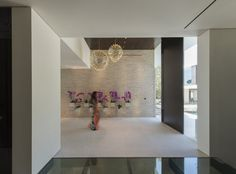 modern residence Laurel Way