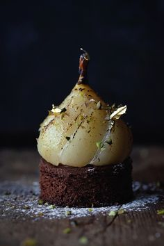 Poached pear in vanilla and spices, 72% chocolate Cremeux, Fleur de Sel, Tonka Bean, Chocolate Sablé Breton Instagram @engnatalie www.natalieengphotography.com