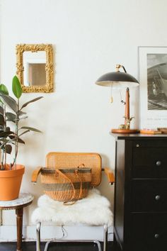 design is mine : isn't it lovely?: INTERIOR INSPIRATION : LOS ANGELES APARTMENTS.