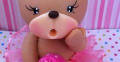 Little Baby Bear cake topper lapiz Fondant Cake Toppers, Fondant Cakes, Cupcake Cakes, Cupcake Toppers, Polymer Clay Projects, Clay Crafts, Clay Bear, Teddy Bear Cakes, Fondant Animals