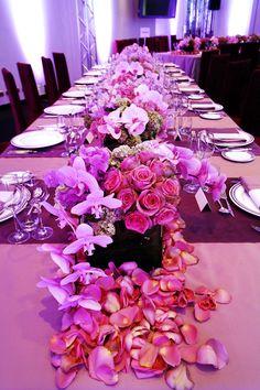 #weddingtable #flowers #pinkwedding