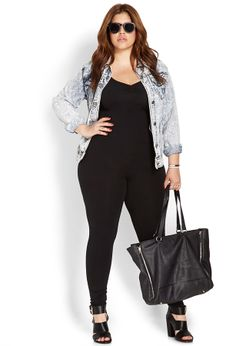 Ruched v-neck jumpsuit plus outfit inspo! Fashion Casual, Curvy Fashion, Plus Size Fashion, Casual Outfits, Womens Fashion, Forever 21, Mode Plus, Looks Plus Size, Ootd