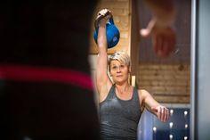 """Itsensä haastaminen kiehtoo kahvakuulan maailmanmestaria: """"Haave on 24 kilon selättäminen"""" - ESS.fi"""