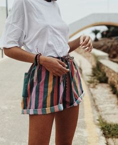 fashion street wear street style photography style hipster vintage design landscape illustration food diy art lol style lifestyle decor street sty… - All About Basic Outfits, Mode Outfits, Casual Outfits, Dress Casual, 90s Style Outfits, Insta Outfits, Funky Outfits, Fresh Outfits, Complete Outfits