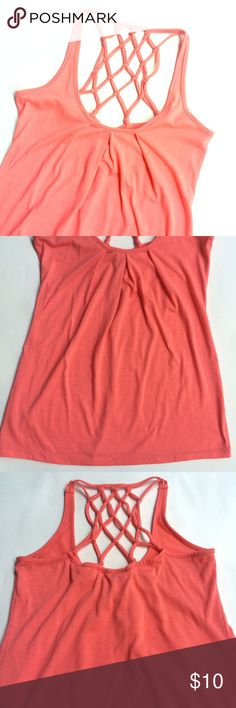 Woven Back Tank Top Coral woven back tank top. Adorable detail on the back! Pleated on the front. Gently worn - minimal pilling as pictured. Nollie Tops Tank Tops