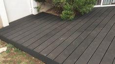 In streifen von cm Small Backyard Patio, Backyard Patio Designs, Pergola Designs, Backyard Landscaping, Low Deck Designs, Patio Decks, Terrasse Design, Deck Colors, Wood Patio