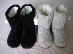 women Winter home shoes  home boots indoor boots warmand breathable plush $15.50