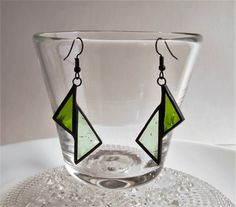 Stained Glass art Products - - Glass art Projects Nail Polish - - Shard Glass art On Canvas Stained Glass Ornaments, Stained Glass Designs, Stained Glass Projects, Stained Glass Patterns, Stained Glass Art, Mosaic Glass, Mosaic Patterns, Fused Glass Jewelry, Glass Earrings