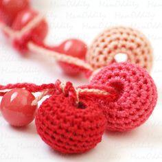 Crochet necklace  Wild Strawberry by MamOddity on Etsy