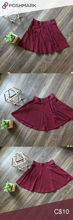 Hollister skirt Like new condition Hollister Skirts Circle & Skater Plus Fashion, Fashion Tips, Fashion Trends, Cheer Skirts, Red, Outfits, Collection, Things To Sell