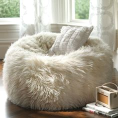 Shaggy Fur Winter White Bean Bag with Liner