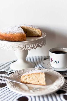 almond vegan cake