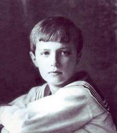 Alexei Romanov 1913 - official portrait