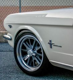 8 Crazy Tricks Can Change Your Life: Muscle Car Wheels Motorcycles sport car wheels.Old Car Wheels Dads car wheels nissan skyline. Ford Mustang 1964, Ford Shelby, Mustang Fastback, Mustang Cars, Ford Mustangs, Ford Rs, Shelby Mustang, Retro Cars, Vintage Cars