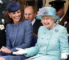 I don't know if this is a genuine pic of the Queen or photo-shopped.... but I love it if it's real! :)