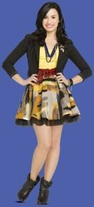 Sonny Munroe fashion line dress Sonny Munroe, Skirt Outfits, Cute Outfits, Sonny With A Chance, Demi Lovato Style, Blazers, Fashion Line, Beautiful People, Celebrity Style