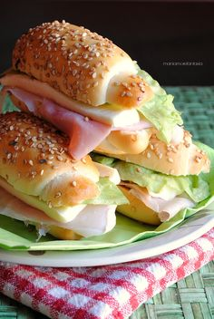 Italian Chef, Italian Recipes, Panini Sandwiches, Brunch, Cooking Bread, Western Food, Dinner Rolls, My Favorite Food, Street Food