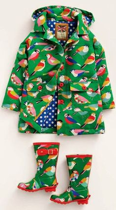 A rainy day bird print outfit for budding ornithologists! Print and pattern.
