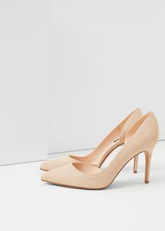 256a48bbc110 63 Best footwear images   Black suede, Jimmy choo, Ladies shoes