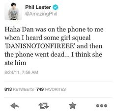 Phil Lester and Dan Howell / AmazingPhil and danisnotonfire I would probably be that girl if I met dan XD Dan Y Phil, Dan And Phil Tweets, Dan Howell Tweets, Markiplier, British Youtubers, Best Youtubers, Phan Is Real, Dan And Phill, Danisnotonfire And Amazingphil