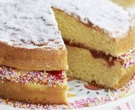 Bake a classic Victoria sponge cake with this easy recipe, perfect for everyday baking and occasions. Find more cake recipes at BBC Good Food. Classic Victoria Sponge, Victoria Sponge Cake, Cake Tins, Cake Plates, Bbc Good Food Recipes, Cooking Recipes, Yummy Recipes, Free Recipes, Recipies