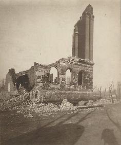 The ruins of the original Chicago Historical Society building, destroyed by the Great Chicago Fire of 1871
