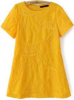 Vestido suelto bordado manga corta-amarillo EUR€20.85