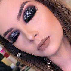 Find out about eye makeup looks and trends Glam Makeup Look, Gorgeous Makeup, Beauty Makeup, Huda Beauty, Smoke Eye Makeup, Eyeshadow Makeup, Drugstore Makeup, Eyeshadow Base, Pigment Eyeshadow