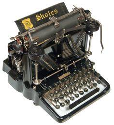 Sholes Visible 1 - 1901, antiquetypewriters.com