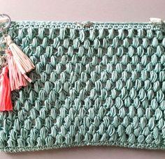 ¿Te atreves a tejer un jersey en punto arroz? | SANTA PAZIENZIA Crochet Santa, Crochet Home, Diy Crochet, Crochet Bags, Merino Wool Blanket, Lana, Tapestry, Crafty, Knitting