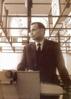 Giovanni Pintori   Tresnuraghes, 1912 – Milano, 15 novembre 1999