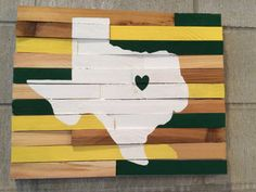 Green and gold Texas outline rustic wall art - Baylor University